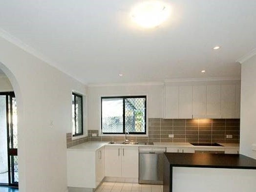 4 Isolde Court, Carindale, Qld 4152