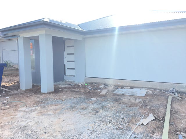 87 Angelica Ave, Spring Mountain, Qld 4300
