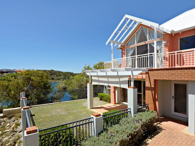 1/2 Albenga Place, Secret Harbour, WA 6173