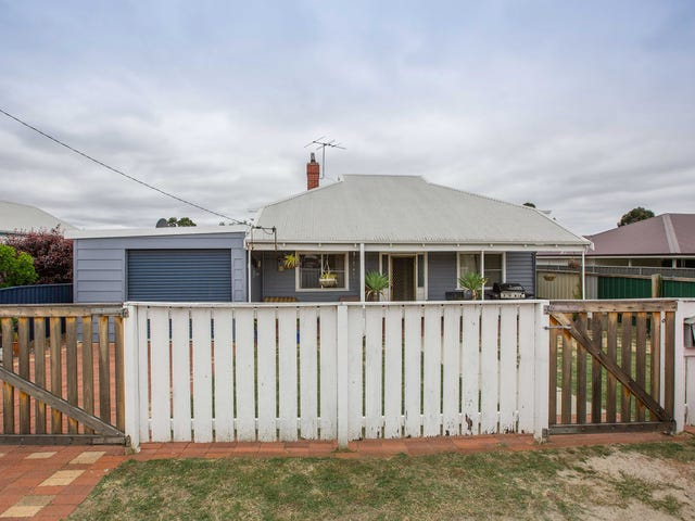 13 Moira Road, Collie, WA 6225