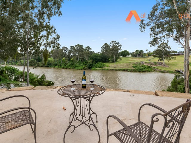 52 Stuart Street, Barellan Point, Qld 4306