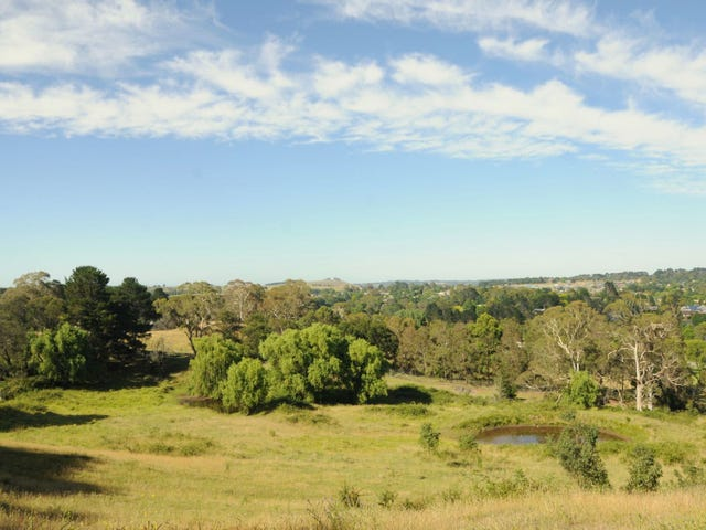 Moss Vale, address available on request
