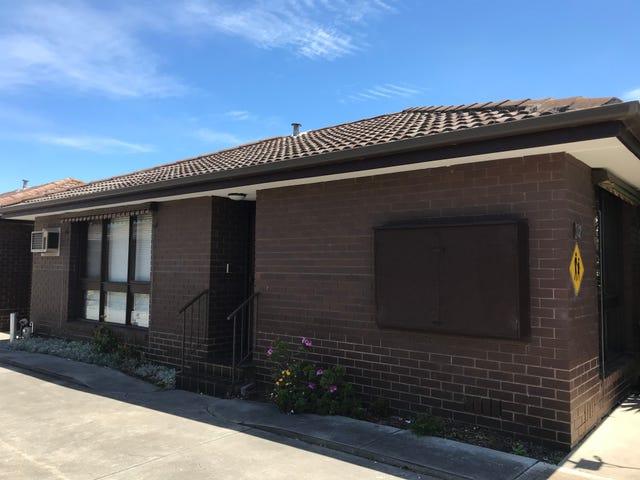 2/121 Essex Street, West Footscray, Vic 3012