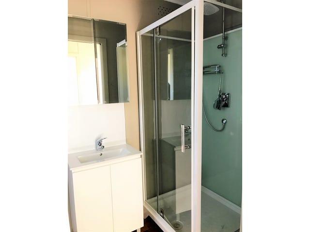104A Banksia Avenue, Engadine, NSW 2233