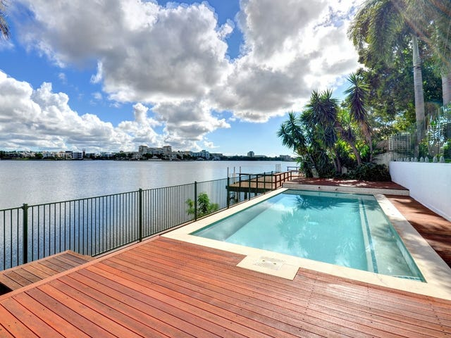 1 Notre Dame Court, Varsity Lakes, Qld 4227