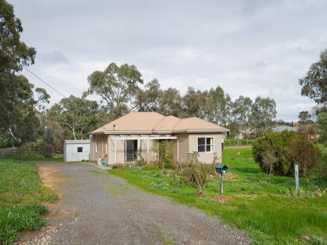 18 Chapmans Road, Castlemaine, Vic 3450