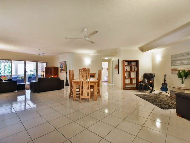 2 Greenslopes Street, Cairns North, Qld 4870