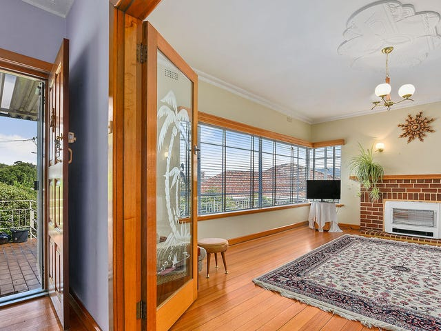 6 Wendover Place, New Town, Tas 7008