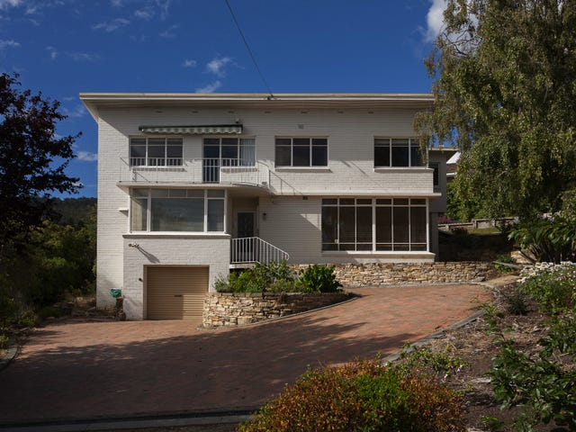 2 Manresa Ct, Sandy Bay, Tas 7005