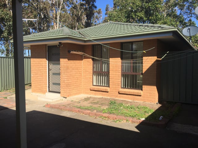10a Kemmel Close, Bossley Park, NSW 2176