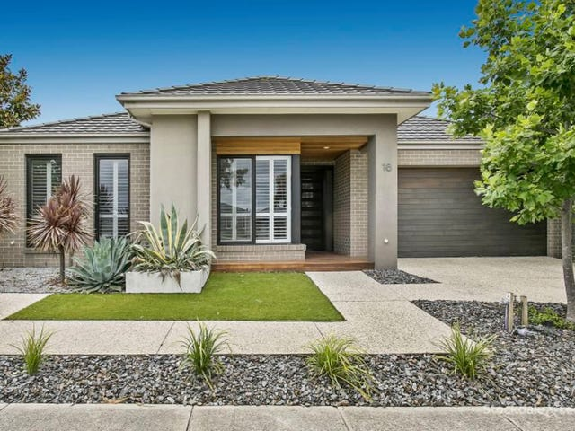 16 Mountainview Boulevard, Cranbourne North, Vic 3977