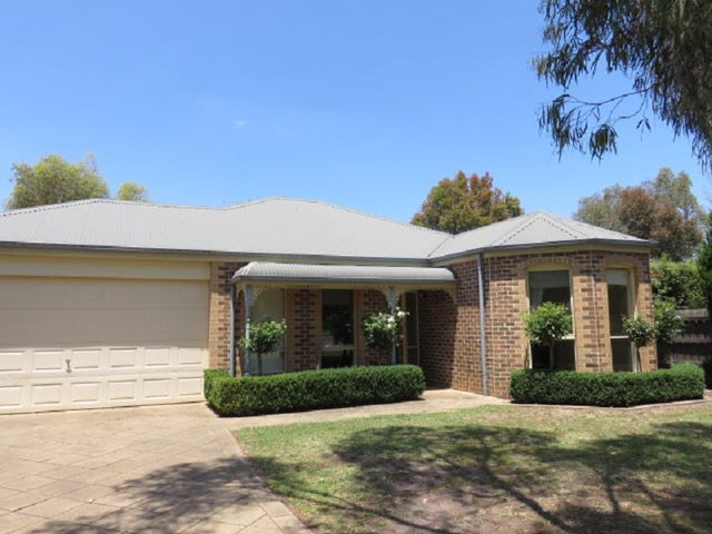 8 The Sands, Aspendale Gardens, Vic 3195