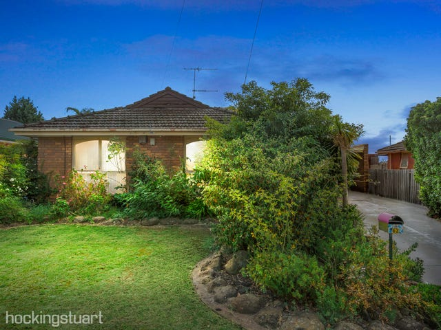 62 First Avenue, Melton South, Vic 3338