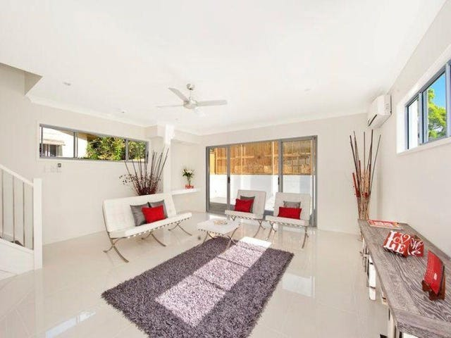 1/87 Pohlman Street, Southport, Qld 4215
