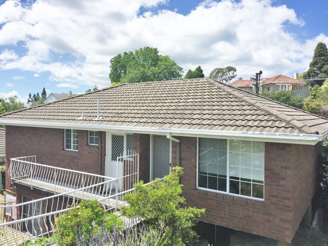 2/33 Waimea Avenue, Sandy Bay, Tas 7005