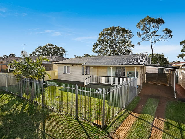 13 Quelch Street, Rockville, Qld 4350