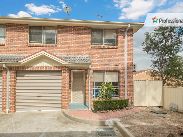 8/13-15 Carnation Avenue, Casula, NSW 2170