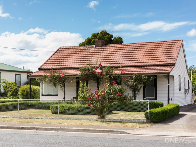 35 Meander Valley Road, Westbury, Tas 7303