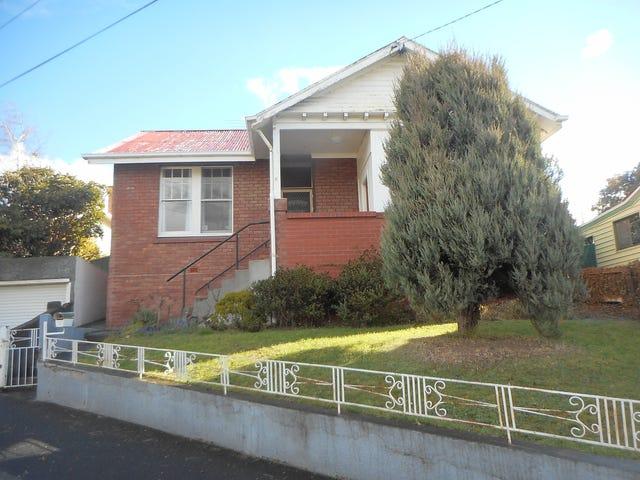 12 Oldham Avenue, New Town, Tas 7008