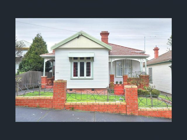 203 Howard Street, Soldiers Hill, Vic 3350