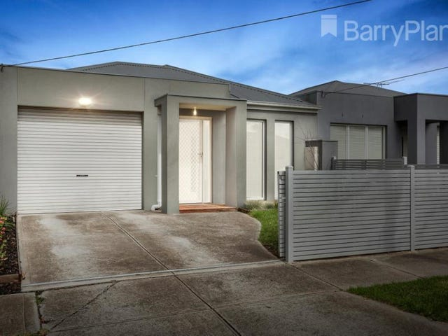 1/3 Swallow Street, Werribee, Vic 3030