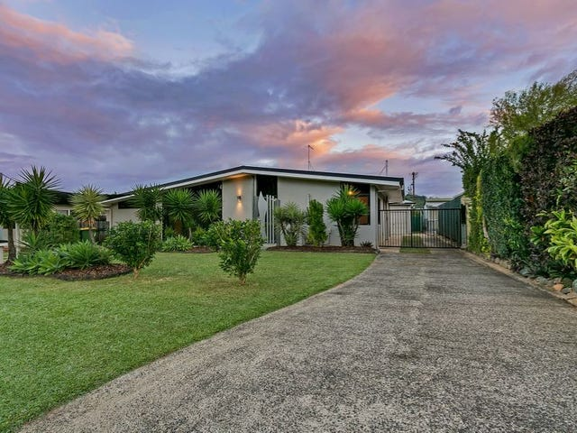 15 Woomera Street, Bayview Heights, Qld 4868
