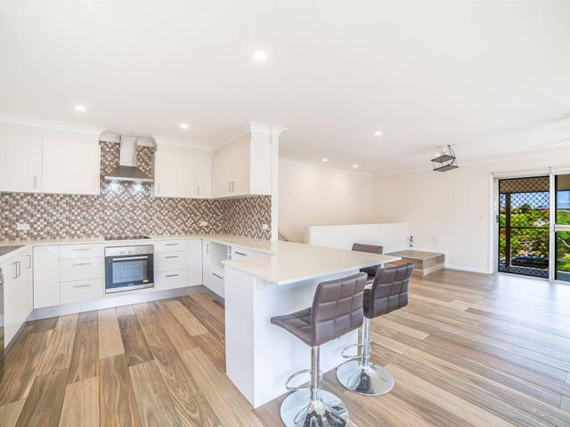 66 Mountain View Avenue, Burleigh Waters, Qld 4220