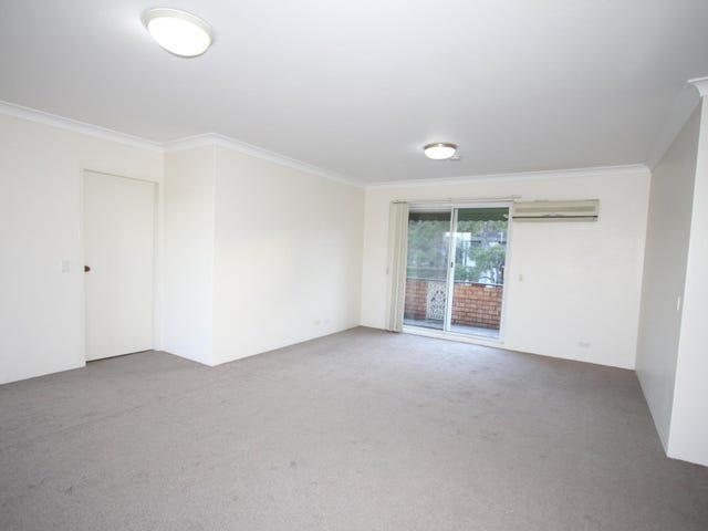 8/9 Edgeworth David Avenue, Hornsby, NSW 2077