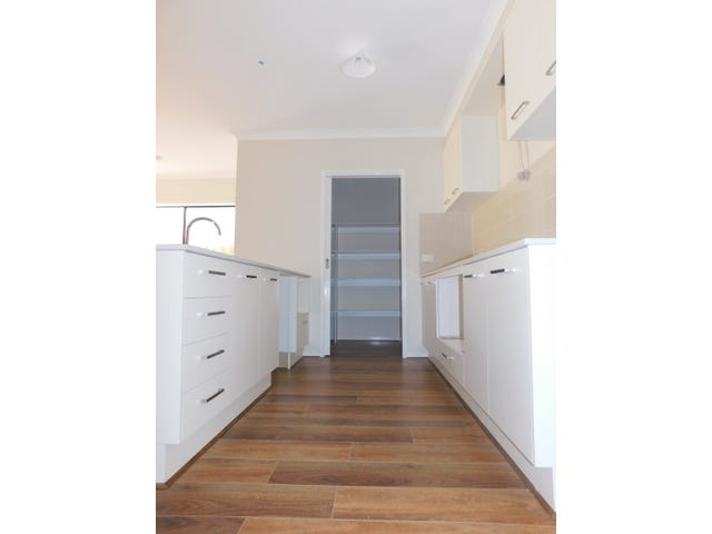 Mickleham, address available on request