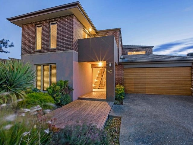 42 WATERBURY STREET, Cranbourne, Vic 3977