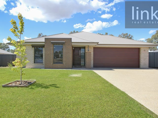 43 Litchfield Drive, Thurgoona, NSW 2640