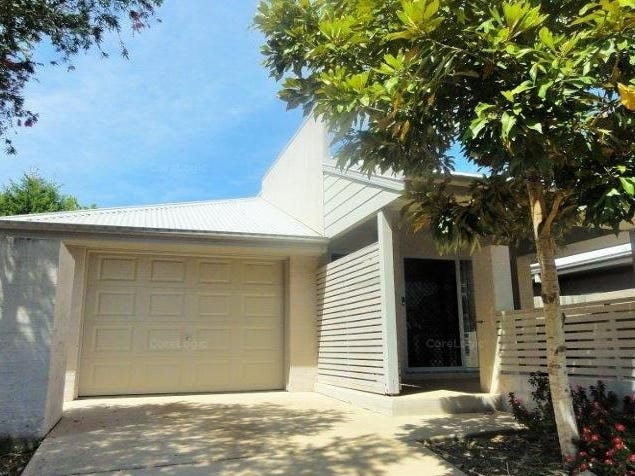 50 Creekside Drive, Springfield Lakes, Qld 4300