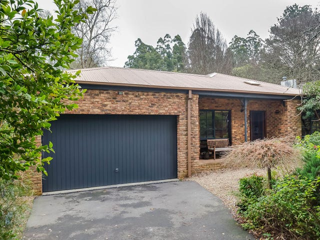 22 Falls Road, Mount Dandenong, Vic 3767