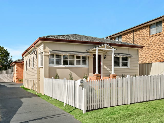 11 & 11A Fisher Street, West Wollongong, NSW 2500