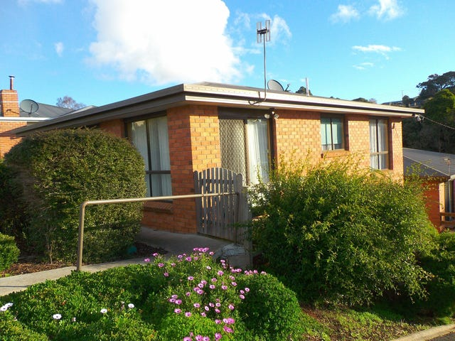 Unit 1/6 West Street, Upper Burnie, Tas 7320
