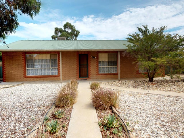 9 Ledwidge Court, Swan Hill, Vic 3585