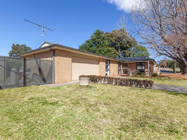 4 Lowe Crescent, Elderslie, NSW 2570