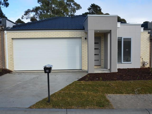 18 Denistoun Crescent, Cranbourne, Vic 3977