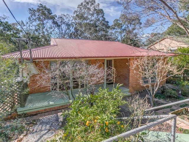 17 The Valley Road, Valley Heights, NSW 2777