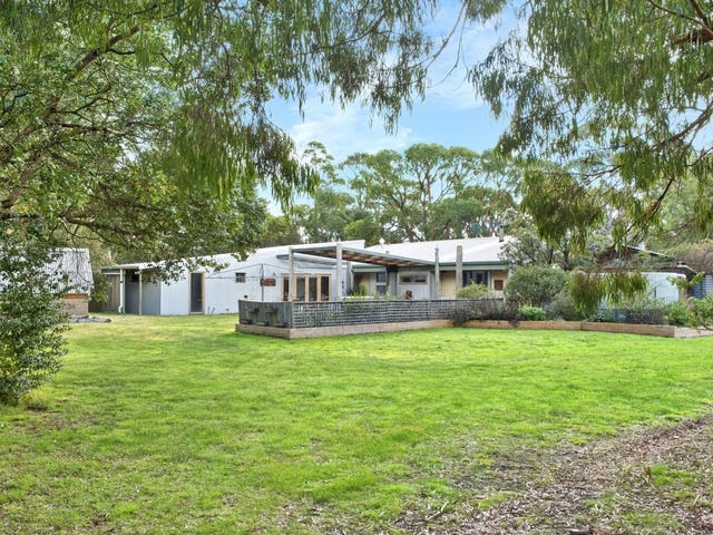 37 Thomas Road, Haddon, Vic 3351