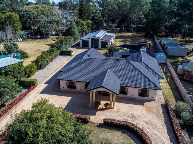 8 Orange Grove Road, Highfields, Qld 4352