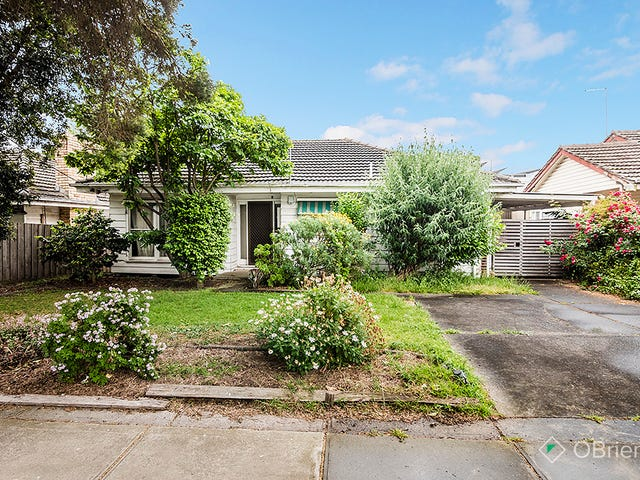 10 Mundaring Drive, Cranbourne, Vic 3977