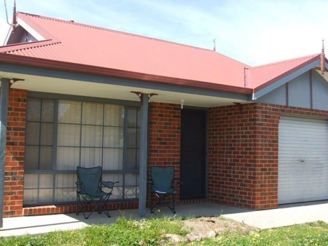 2/45 Kingfisher Drive, Wodonga, Vic 3690