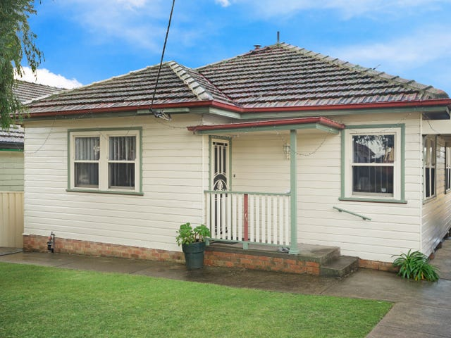 15 First Ave, Rutherford, NSW 2320