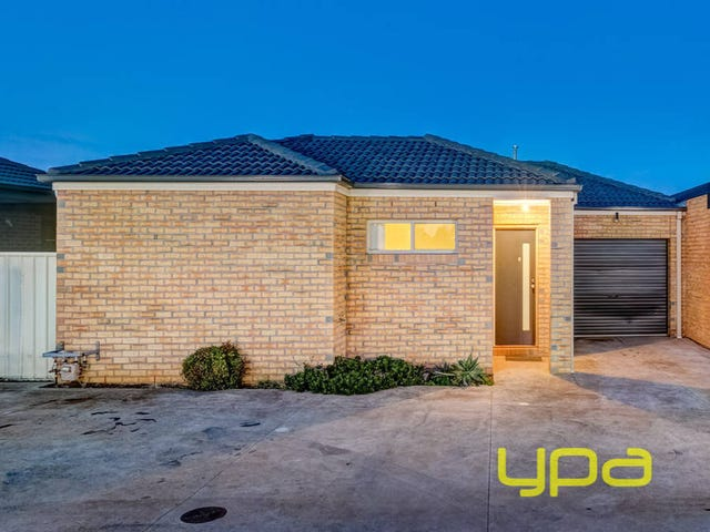 6/4 Black Knight Way, Kurunjang, Vic 3337