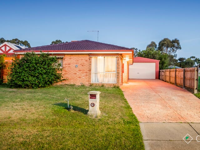 25 Terrence Drive, Cranbourne North, Vic 3977