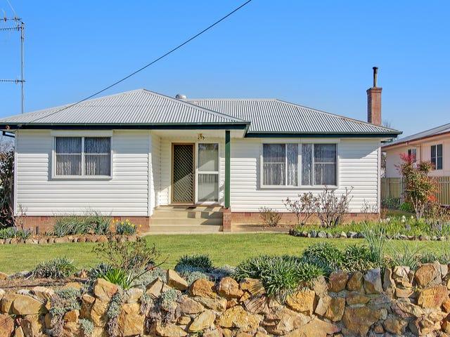 4 Elm Street, Goulburn, NSW 2580