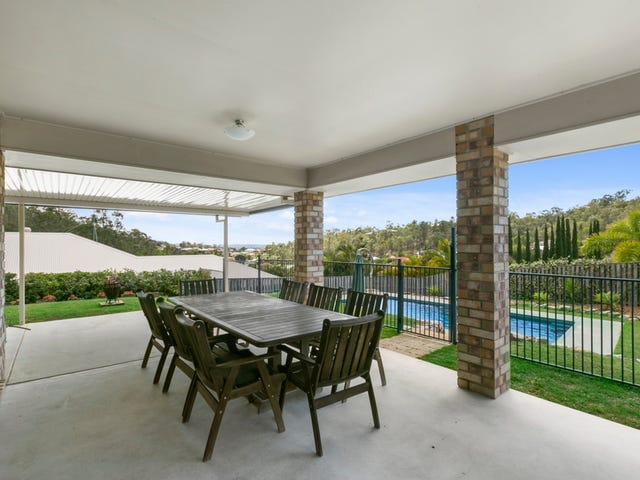 8 Soward Court, Pacific Pines, Qld 4211