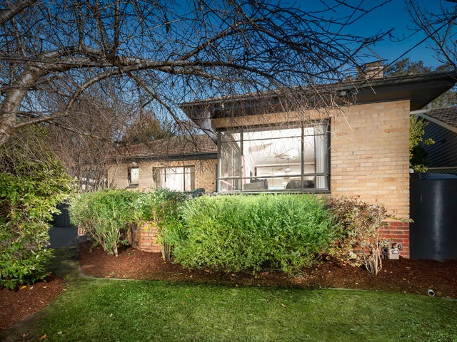 4 Mariana Avenue, Croydon South, Vic 3136