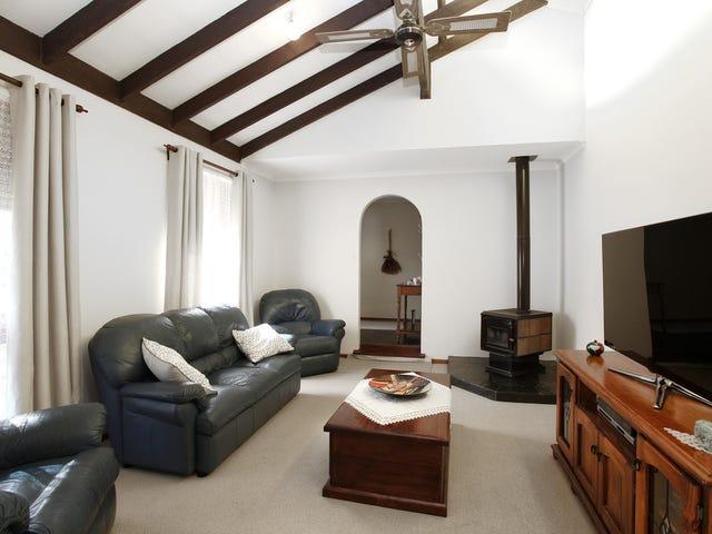 4 Illawarra Court, Craigmore, SA 5114